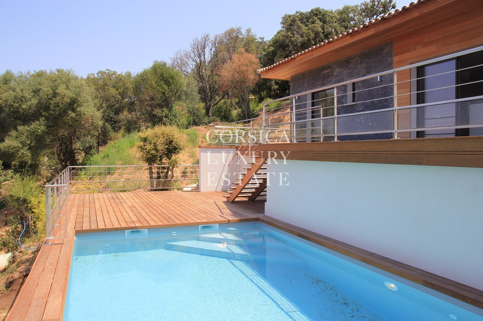 A vendre villa neuve rive sud du golfe d 39 ajaccio vue mer for Villa neuve